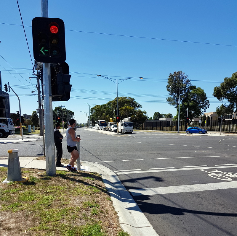 "Potentially deadly ""Forward Bike Box"" and light combo; cyclists heading north, stopped, get run into by motorists turning left"